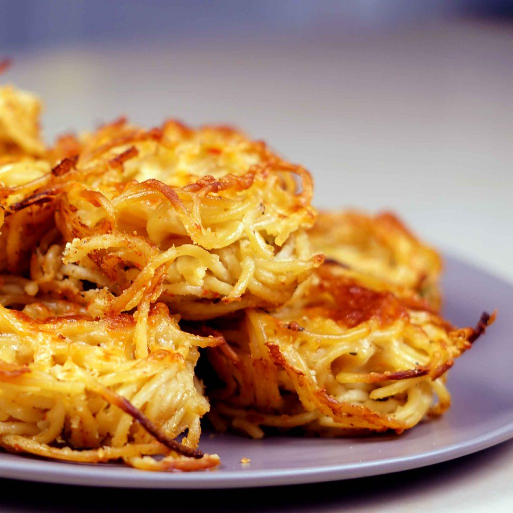 Spaghetti Muffins with Knorr Alfredo Sauce